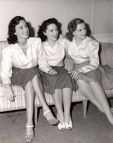 "Judy Garland with her sisters. Their trio was "" The Gump Sisters""."