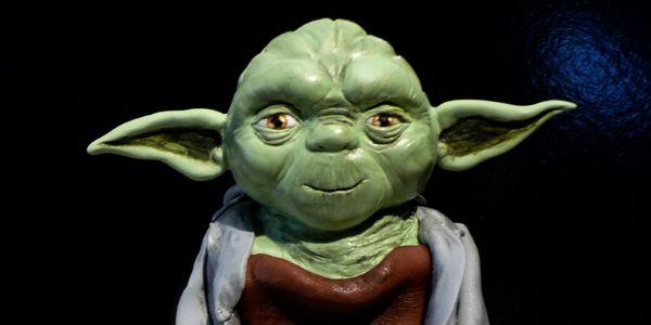 Comment faire un gâteau Yoda en 3D How to make a 3D Yoda cake