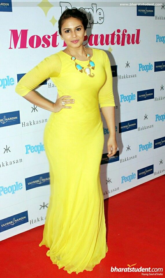 Her Busty Look Very much suits to her Curvy Voluptuous Figure ... Huma Qureshi