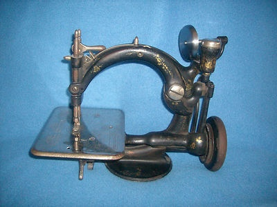 Antique 1870s Wilcox and Gibbs sewing machine.: Sewing Room, Sewing Machines, Sewing Stuff, Sewing Items, Gibbs Sewing, Sewing Things, 1870S Wilcox, Antique Sewing