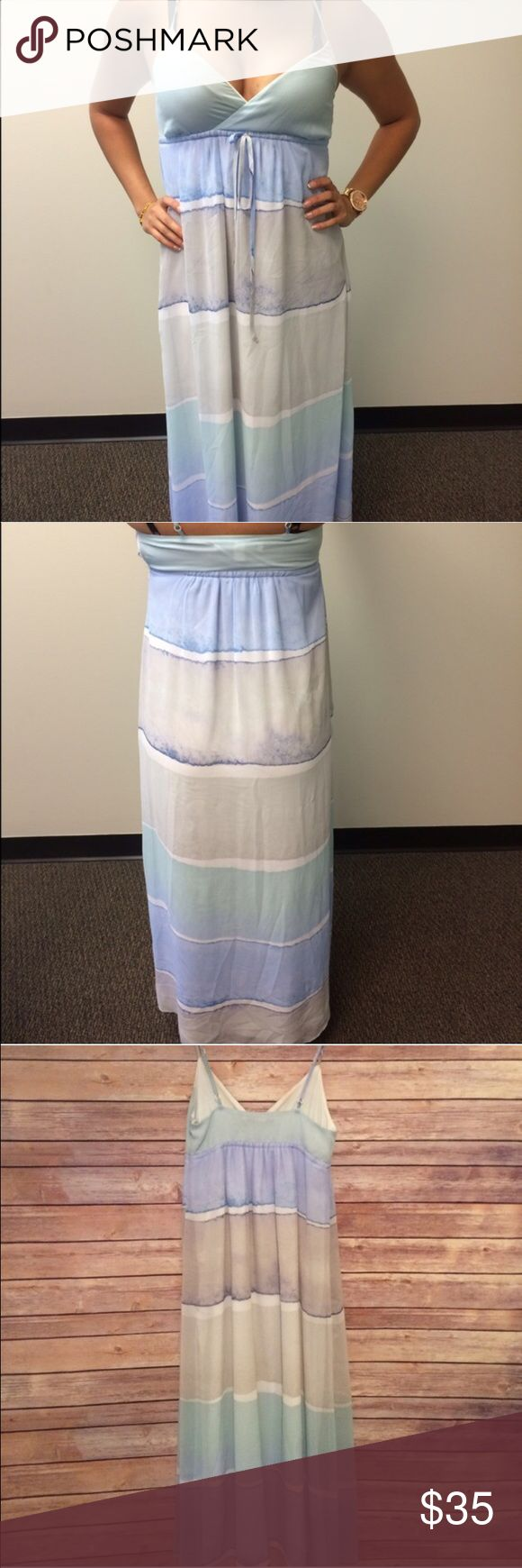 💚 Ocean inspired maxi dress Beautiful nautical maxi dress striped with sheer overlay. Armpit to hem is 43.5 inches and has adjustable straps. Have questions on the size? Ask! I'm happy to provide all measurements! No swaps! LC Lauren Conrad Dresses Maxi