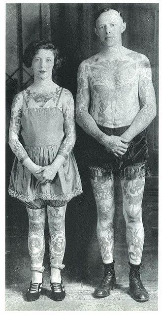 Fotos antigas de pessoas tatuadas: 68 fotos vintage