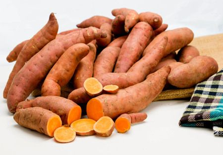 Sweet potatoes are full of benefits for weight loss and muscle growth! Compared to regular potatoes, they have some unique benefits!
