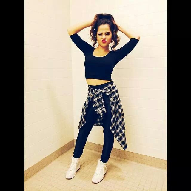 Love Becky G's outfit tell me