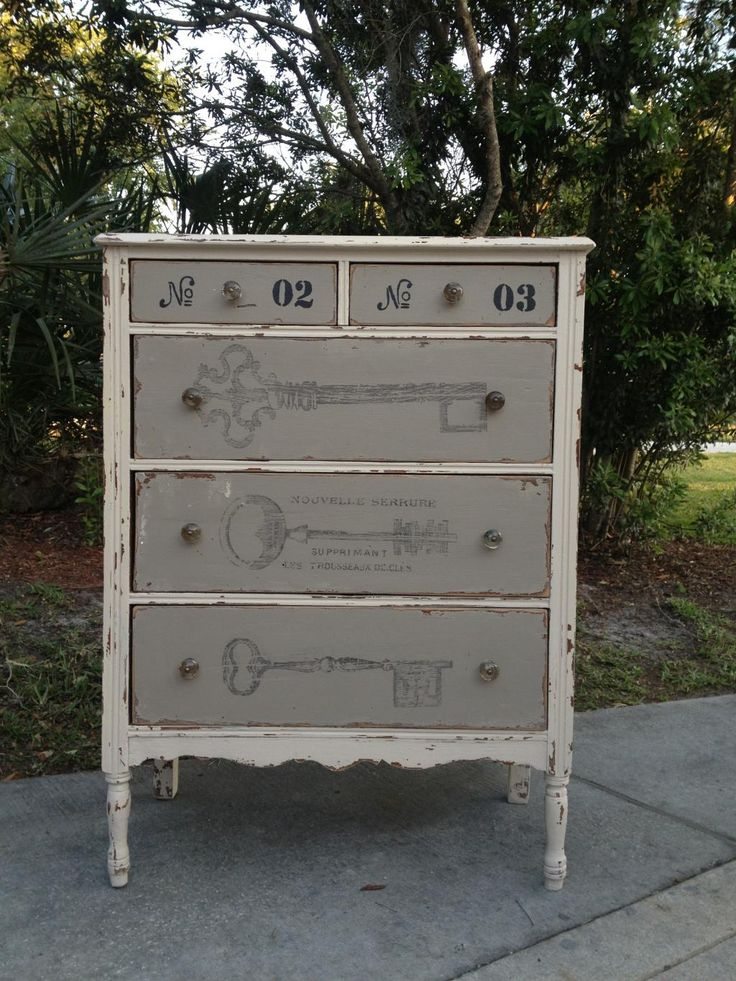 The Painted Dresser | The Petite Boutiques