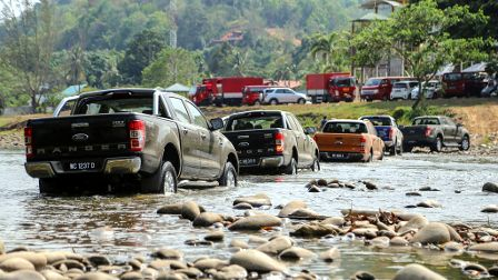 Ford mostra a nova Ranger emtrilhas da Malásia e prepara o lançamento na América Latina Fotos Divulgação  A Ford Malásia apresentou a Nova Ranger para a imprensa daquele país numa programação que incluiu o teste do veículo na famosa região turística de Kota Kinabalu e no parque de Kinabalu, patrimônio mundial da Unesco, no […]