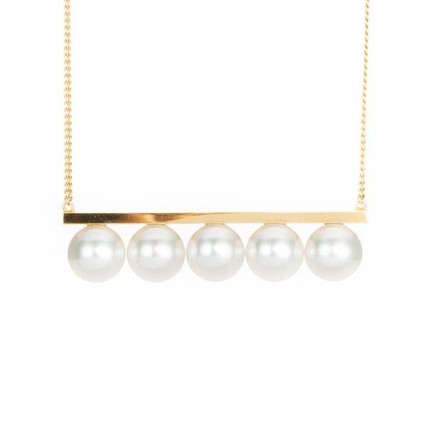 balance signature balance signature Necklace P-15884-YGK18 18K yellow gold / akoya pearl 8.5mm ¥421,200 (including tax)