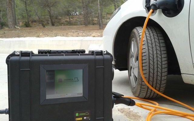 """Ricarica il tuo veicolo elettrico """"ovunque"""" grazie al Progetto Permisa #ricarica #mobile #progetto #permisa #auto"""