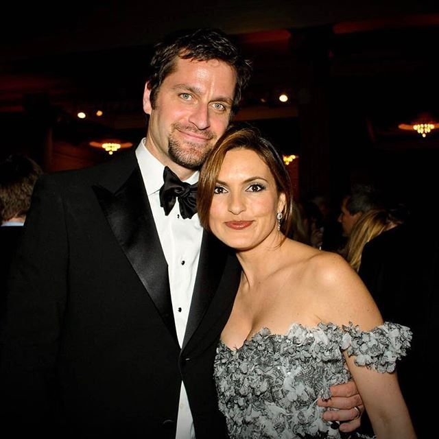 literally my favorite couple on the entire planet. they love each other so much 😭❤️ I will never get over the fact that Peter took her to Paris for her birthday...LIKE WHAT EVEN!!!!! this is the kind of love everyone should pray to find one day ❤️ --- #mariskahargitay #peterhermann #petska @therealmariskahargitay