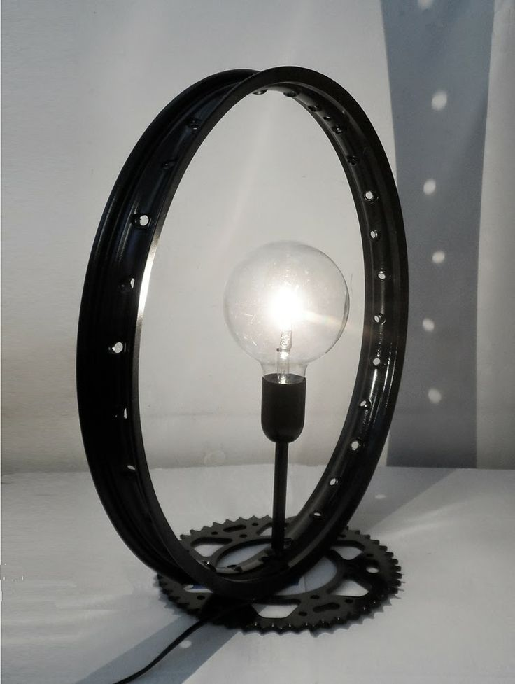 Blacky Motorcycle rim and crown 25W halogen lamp