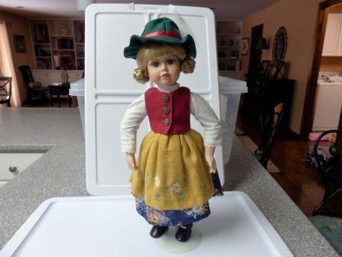 Vintage-18-Bavarian-German-doll