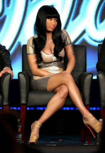 Nicki-Minaj-2013-Winter-TCA-Tour-Herve-Leger-Multi-Metallic-Foil-Cap-Sleeve-Bandage-Dress-Christian-Louboutin-Zoulou-Strappy-Platforms-3-342x500