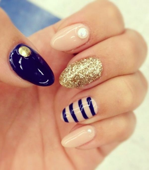 black-stiletto-nail-designs