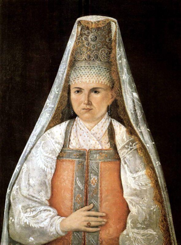 украшенные жемчугом кокошники, как и шляпы жительниц города Великие Луки (Псковская область)