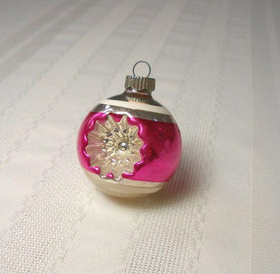 Vintage brillant Brite Double tiret ornement - verre soufflé Noël ornement zebre violet rose Magenta médium taille 2 1/4 po assez
