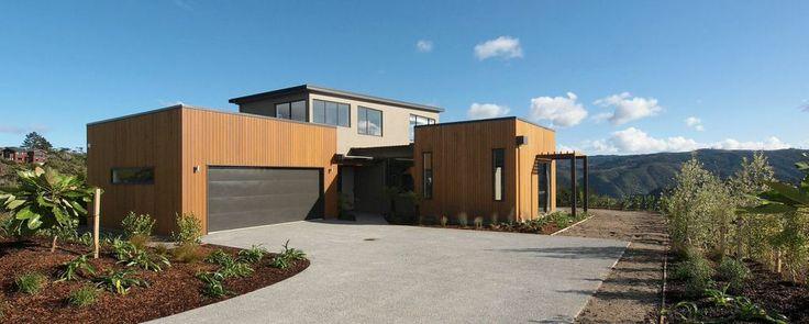2011 Bronze Award Winning Executive Home | Exterior Shiplap Weatherboards + Plaster Render