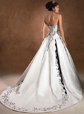black and white corset wedding dresses // Would like with a dark purple instead of black.