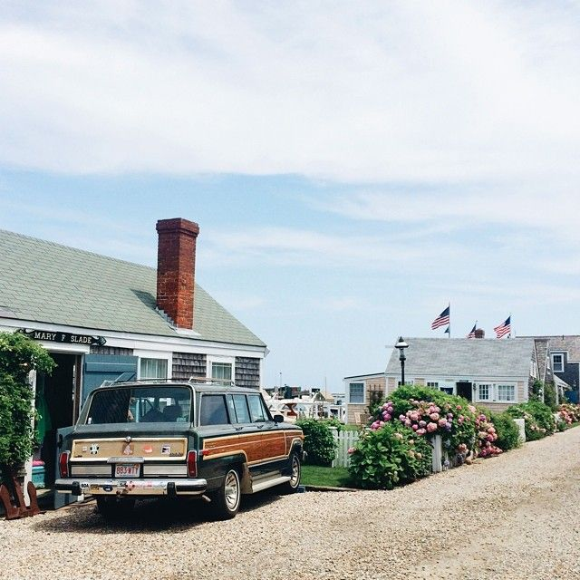 CAPE COD, MARTHA'S VINEYARD, NANTUCKET