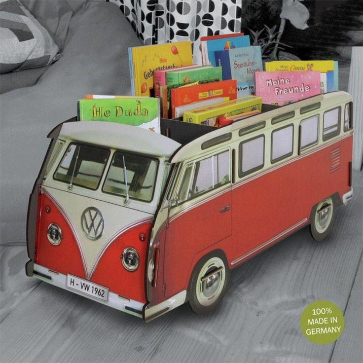 Boekenbus volkswagen opbergmeubel € 99,95 prachtige boekenbus van het merk Werkhaus. In deze bus kunnen kinderen al hun boeken en speelgoed op een leuke manier opbergen. Staat geweldig in iedere kinderkamer! de bus heeft drie grote vakken. Afmetingen: ca. 31x81x36 cm.