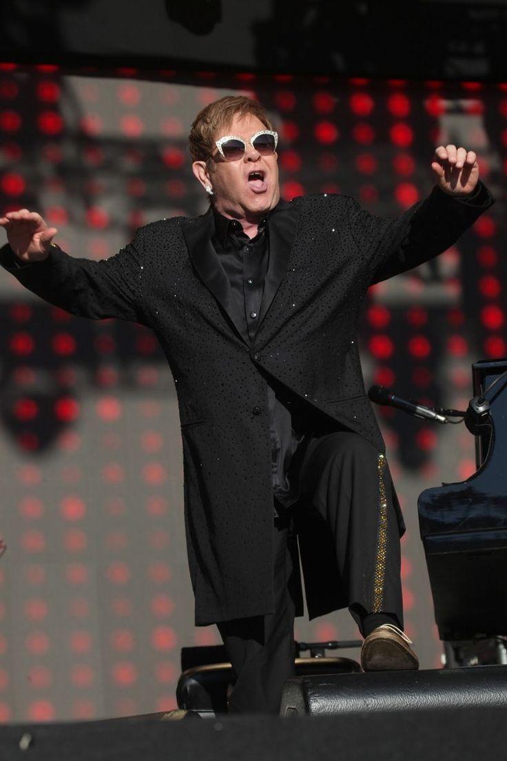 Elton John at the Select Security Stadium, Widnes - Liverpool Echo