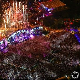 And though it may seem daunting, you're amazed by how possible it is to get from the very back to the front of the massive crowd. | 51 Things Only Tomorrowland Lovers Understand