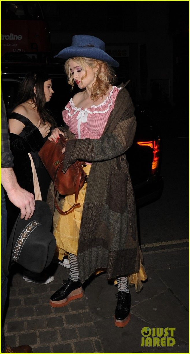 Helena Bonham Carter Dresses as a Cowgirl for Night of Country!