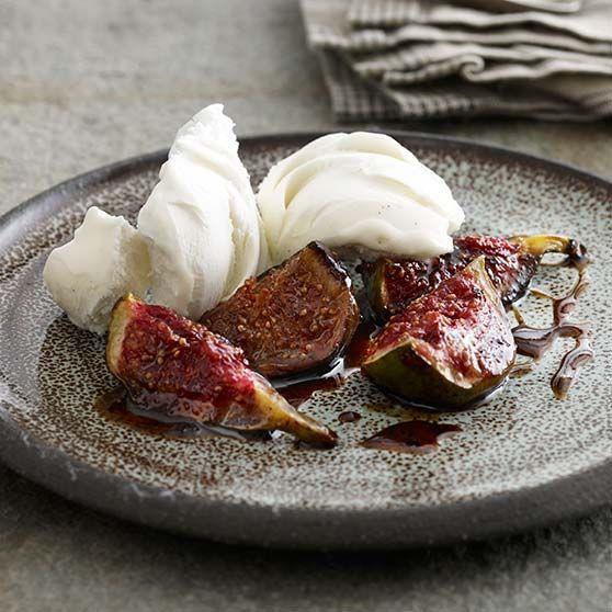 Varma fikon med glass - Recept