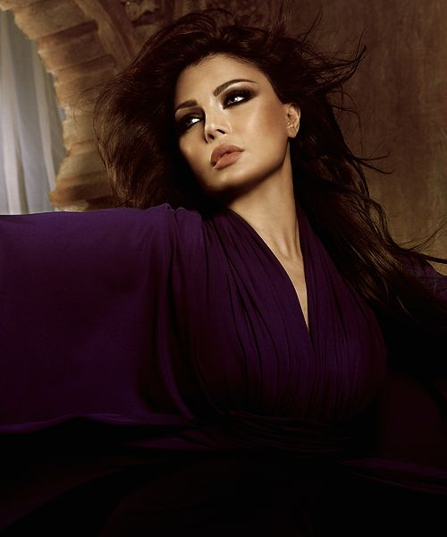 Haifa Wehbe makeup