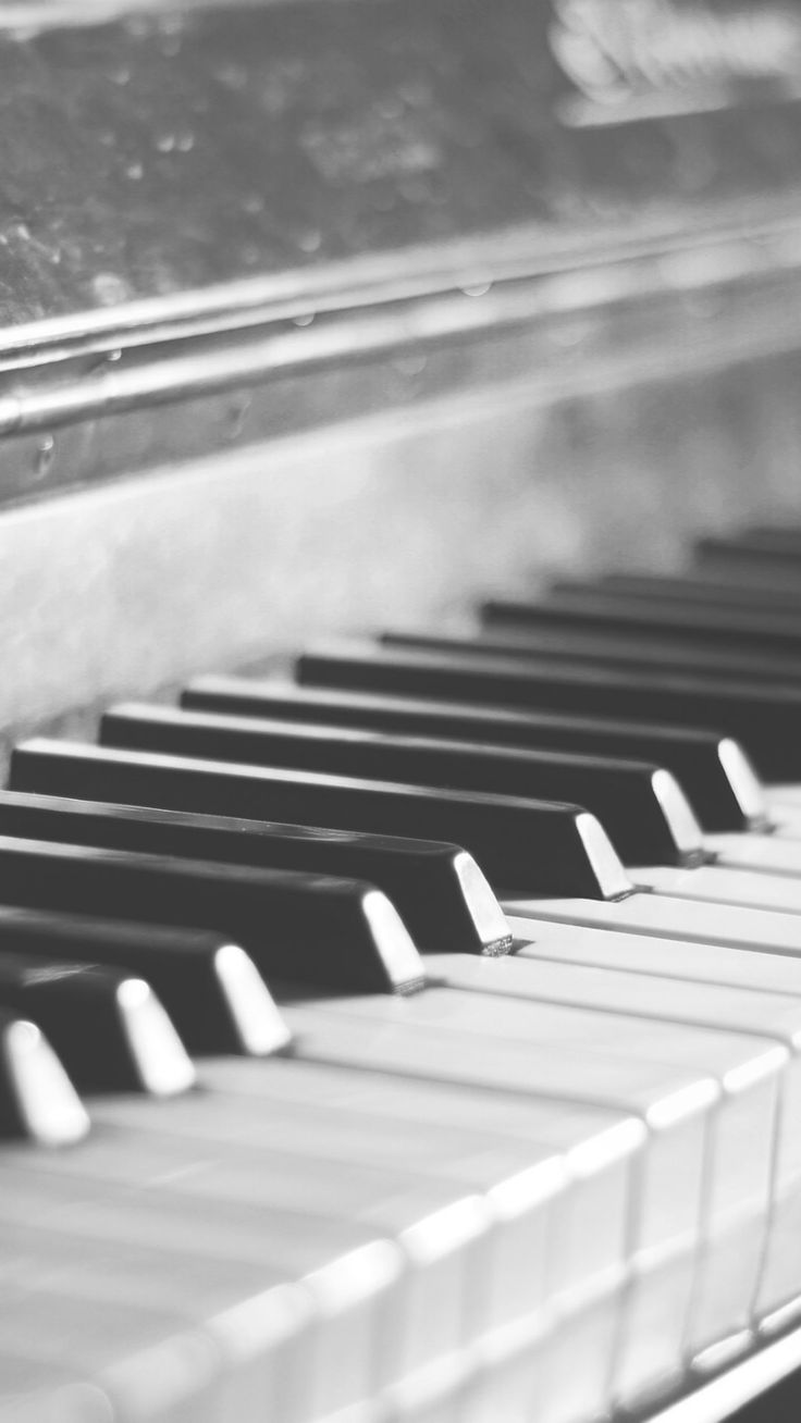 Vintage Pianos #wallpapers #photography Photos by (copyrights ©): Edwart's Photography. License: Only as personal wallpaper.