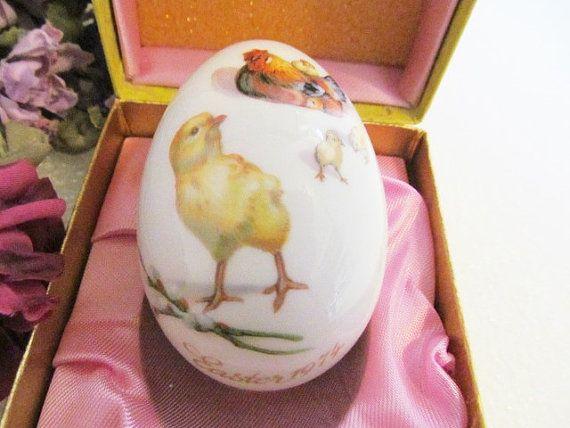 Vintage Royal Bayreuth Porcelain Easter Egg Germany 1974 Baby Chicks