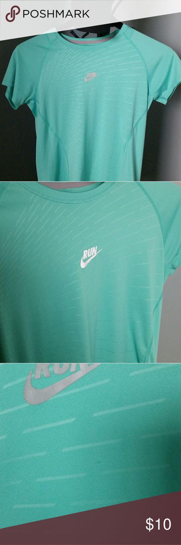 Nike running shirt Teal Nike running shirt with silver Run. Tops Tees - Short Sleeve