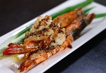 25 best continental cuisines images on pinterest kitchens sanjeev garlic pepper prawns recipe prepared with nutralite prawn recipessanjeev kapoorsea foodfood forumfinder Image collections