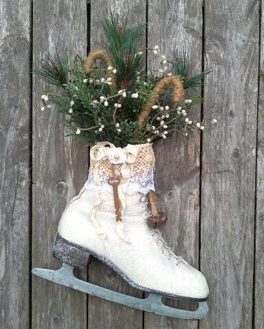 手机壳定制the red shoes shop Ice Skate Christmas Ice skate Wreath Wall decor Door by miles