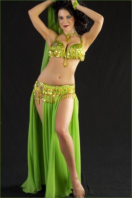 Egyptian shakira hot belly dancer and singer 3rabxxxtumblrcom - 2 6