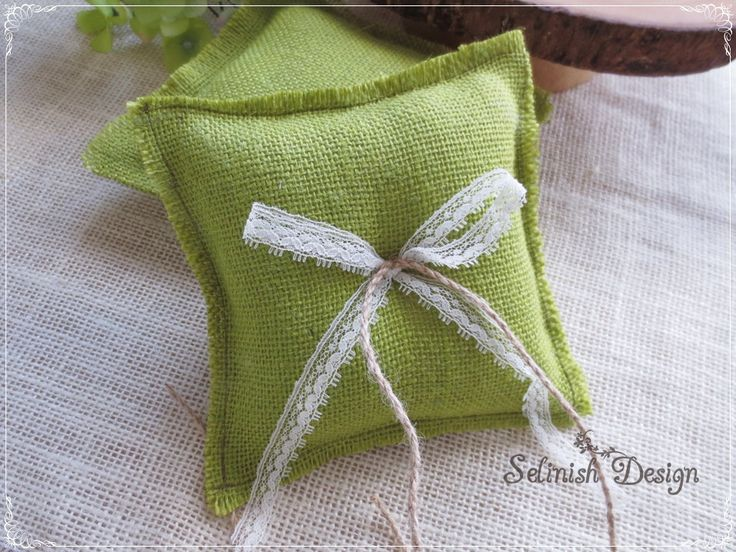 Green Burlap Ring Pillow, Vintage Wedding Ring Pillow, Ring Bearer Pillow, Rustic Wedding - code: RP155green by SelinishDesign on Etsy