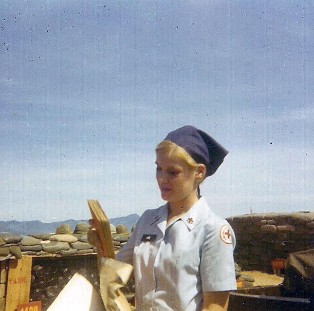 Doughnut Dollie in Viet Nam (1966)  Ah. yes ~~~~~~~