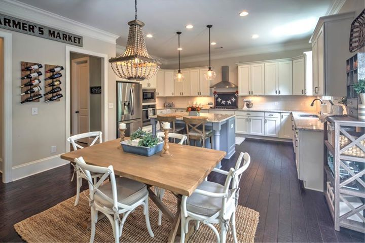 great details in this kitchen