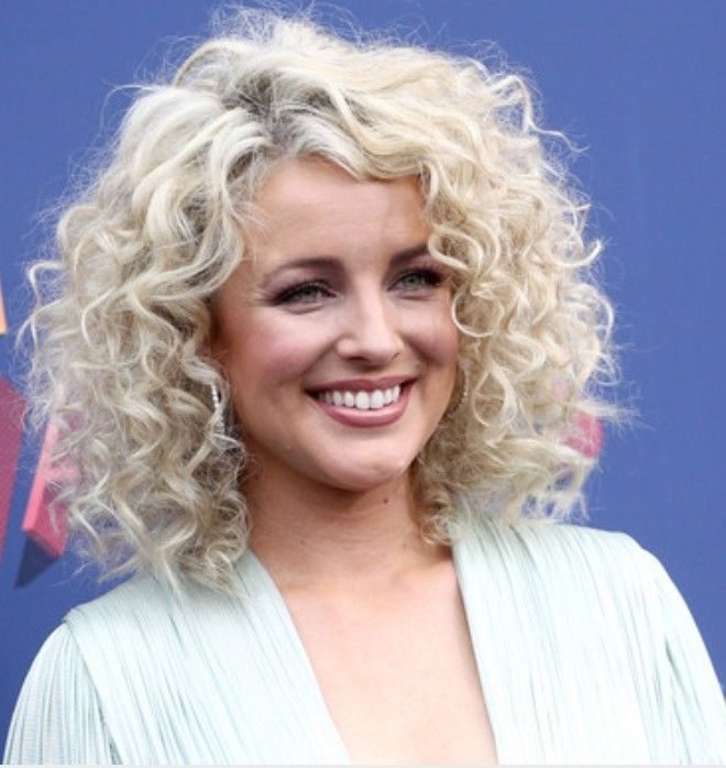 Cam Country Singer Hairstyle Curly Hair Styles Medium Length Curly Hair Hair Styles