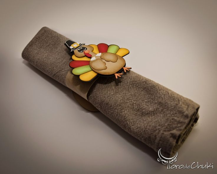 Awesome svgs turkey napkin ring 2014 tableware for Turkey napkins