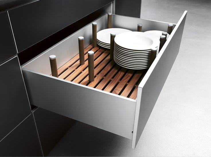 bulthaup b3; forget cupboards, deep drawers are the way to go! We call it Primary Storage. Everything is accessible from the top, so much more efficient.
