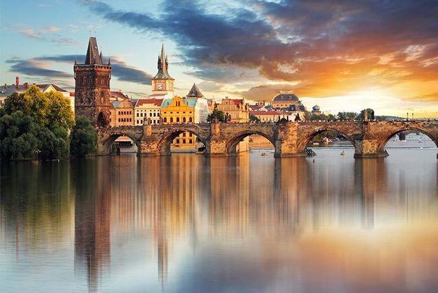 2-3nt Historic Prague Break with Flights