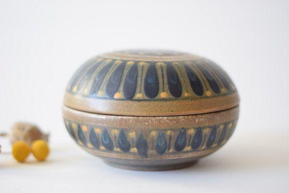 RARE Dybdahl Denmark  big lidded bowl / bonbonniere  by danishmood