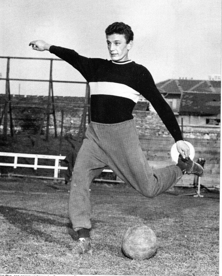 Gigi Riva, foto giovanile primi anni '60