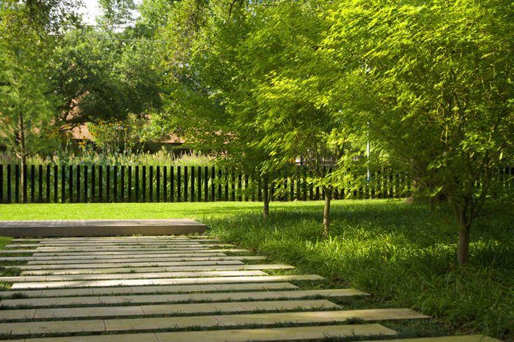 Blissful garden and paving. http://www.hockerdesign.com/
