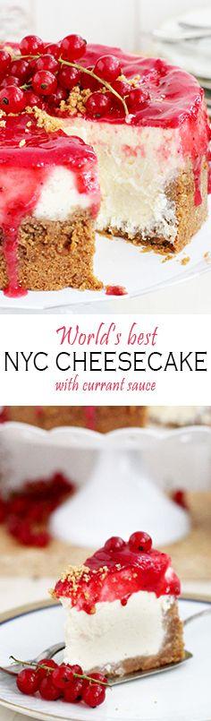 Authentic creamy, soft and rich New York Cheese Cake topped with Berry Sauce Recipe ~ Original New York Cheesecake Super saftig, weich und cremig mit leichter Zitronennote und Beerenguss Rezept