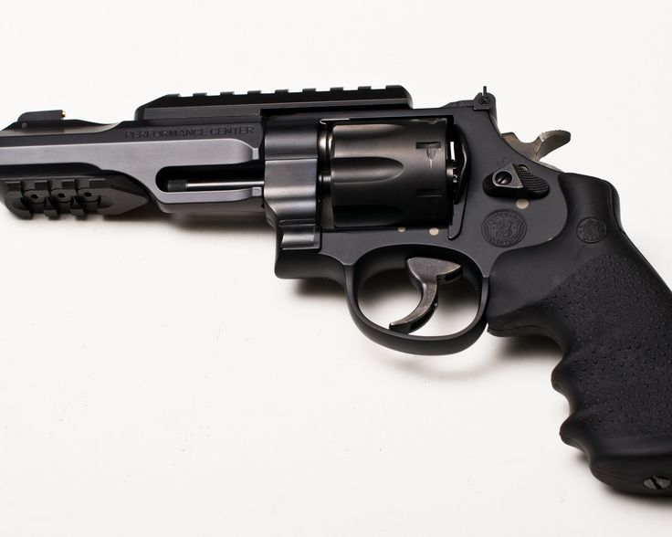 Custom Smith Wesson revolver from the Performance Center - www.Rgrips.com