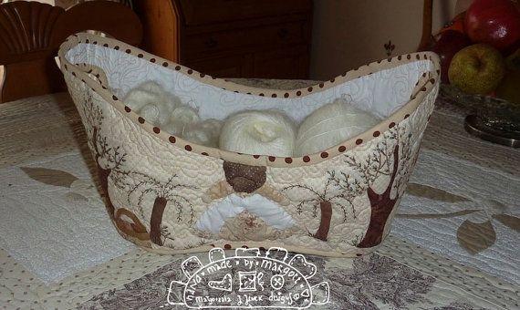 Bread quilted basket hand appliquéd basketwool von MJJenekdesigns