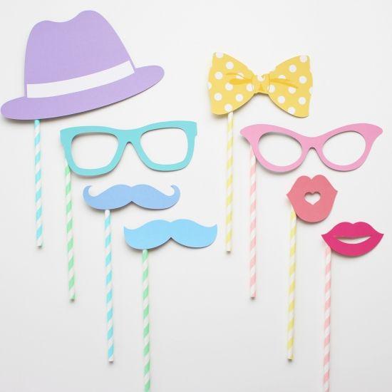 パステルカラーがかわいいメガネやリボンのデザインが入ったフォトプロップスのセット♡ウェディング小物通販サイトEYMにて販売中です。