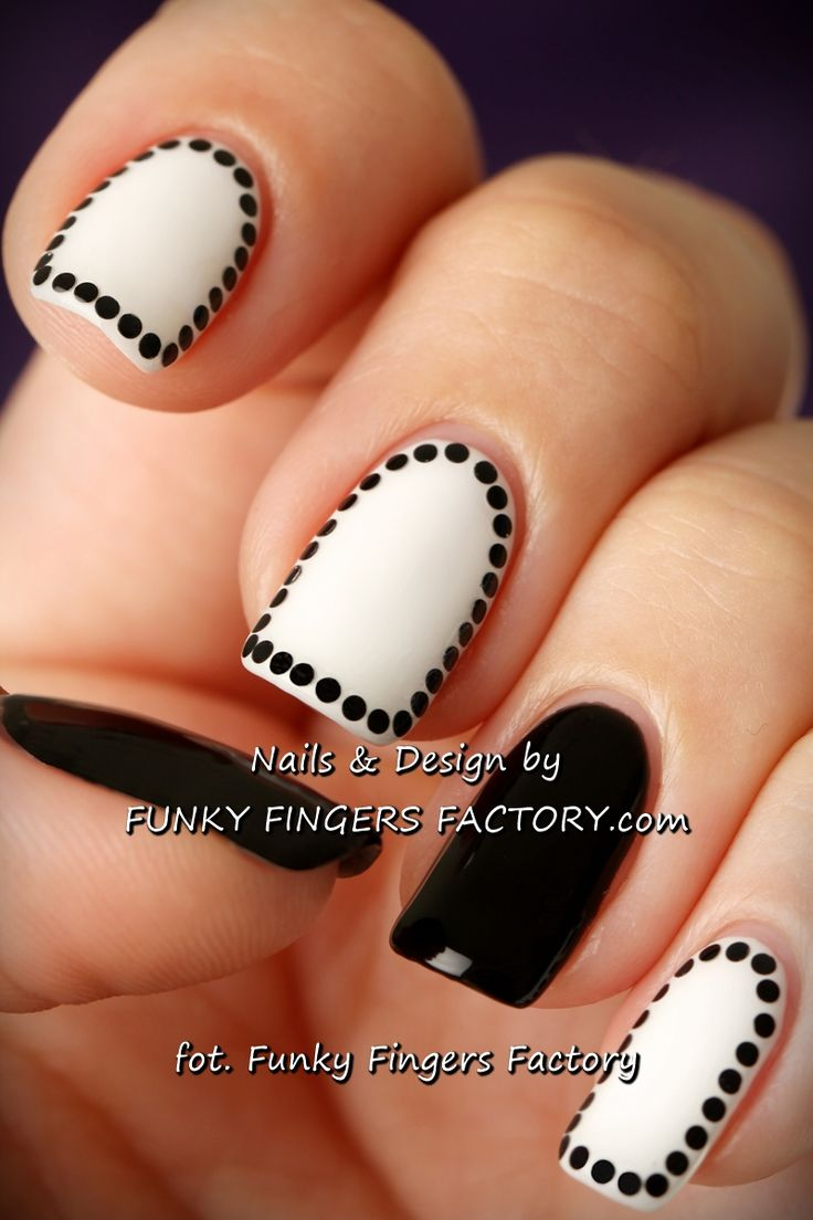 Black and White Shellac elegant nails by www.funkyfingersfactory.com