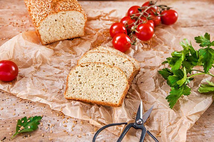 Glutenfreier | Low Carb Lizza Sandwichbrot Für ein kleines Brot aus Lein-,Kokos- und Mandelmehl Für 1 Portion Zutaten: 30 g Lizza Leinmehl, 20 g Lizza Kokosmehl